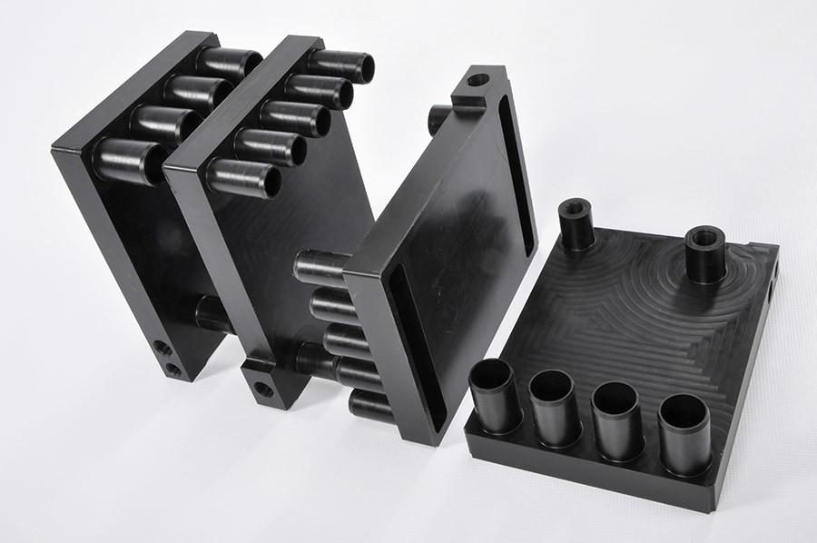 Fabricated steel manifolds